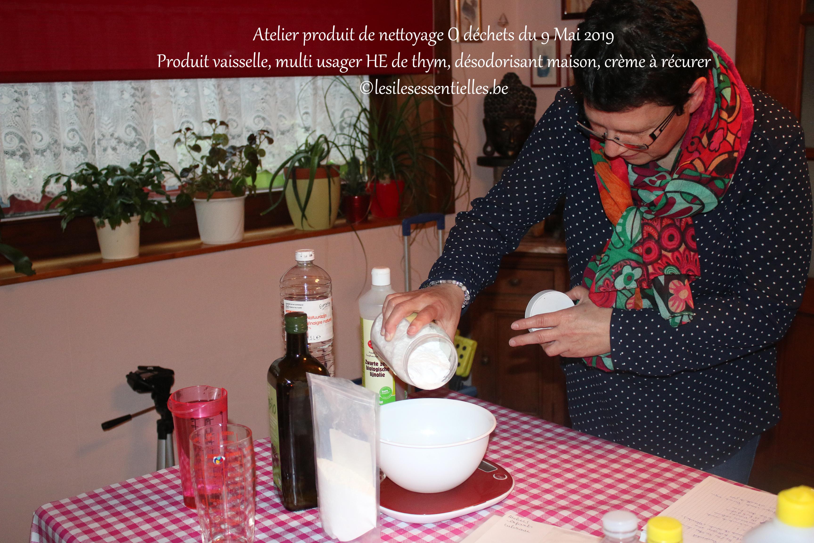 Produit vaisselle, multi usager HE de thym, désodorisant maison, crème à récurer